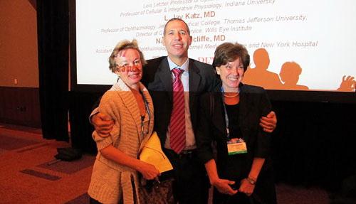 С.И. Анисимова на лекции по нейропротекции в лечении глаукомы, конгресс Американской академии офтальмологии, Сан-Франциско, США, октябрь 2009.